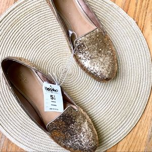 NWT Kid's Mossimo Gold Flats Size 5.5